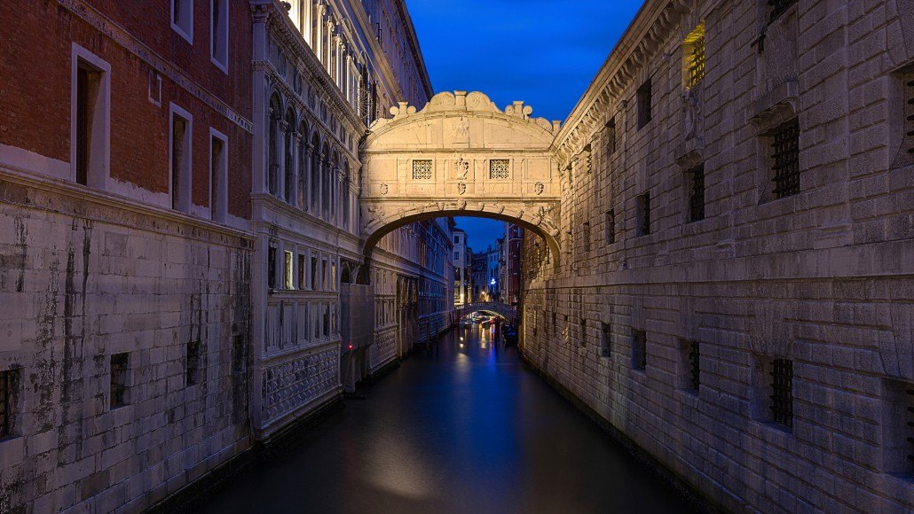 bridge of sighs ponte dei sospiri Venice. Italy