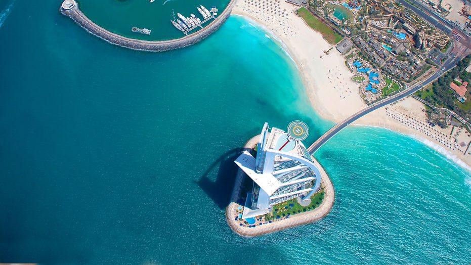 Custom University Travel to the United Arab Emirates