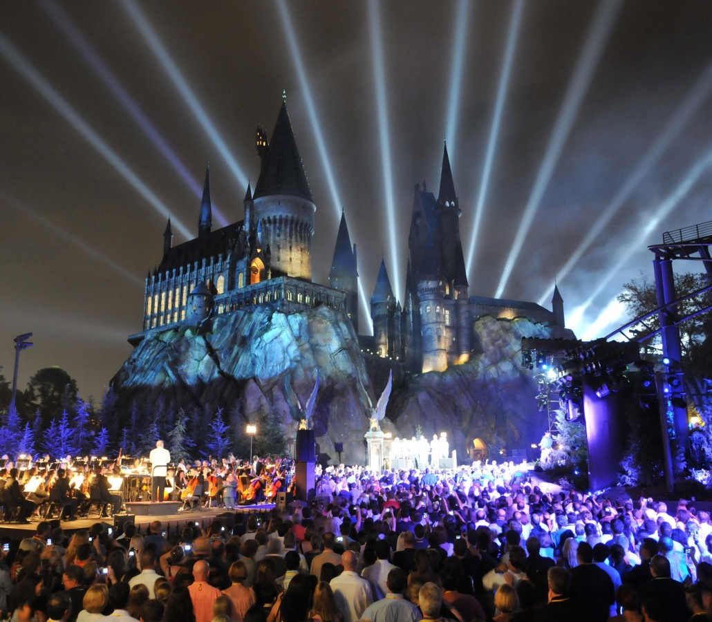 Hogwarts at Night - Photocredit Universal Studios Florida
