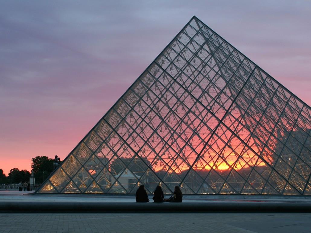 10 Interesting Facts About Paris - WorldStrides