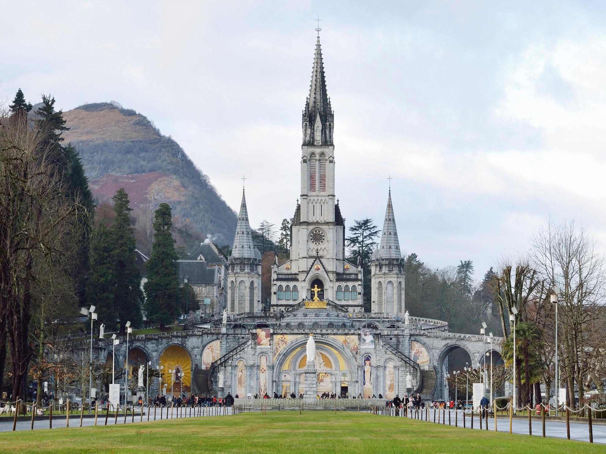 San Sebastian To Lourdes Tour