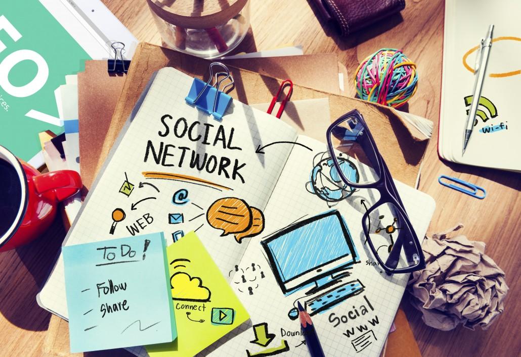 Social Media - Social Sarah