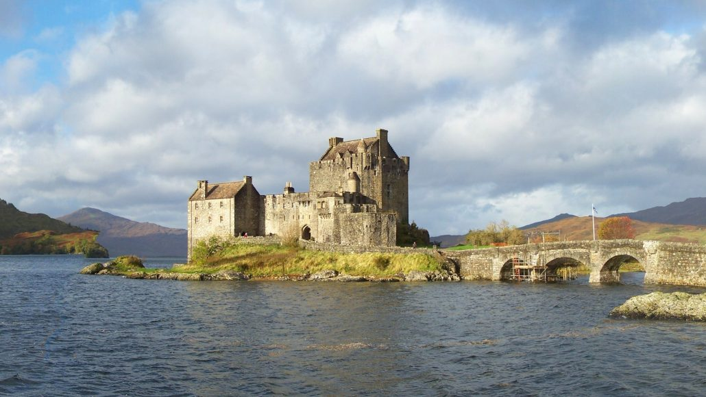 Students travel to Scotland and explore the musical diversity of Glasgow, Stirling, Cawdor, and Edinburg