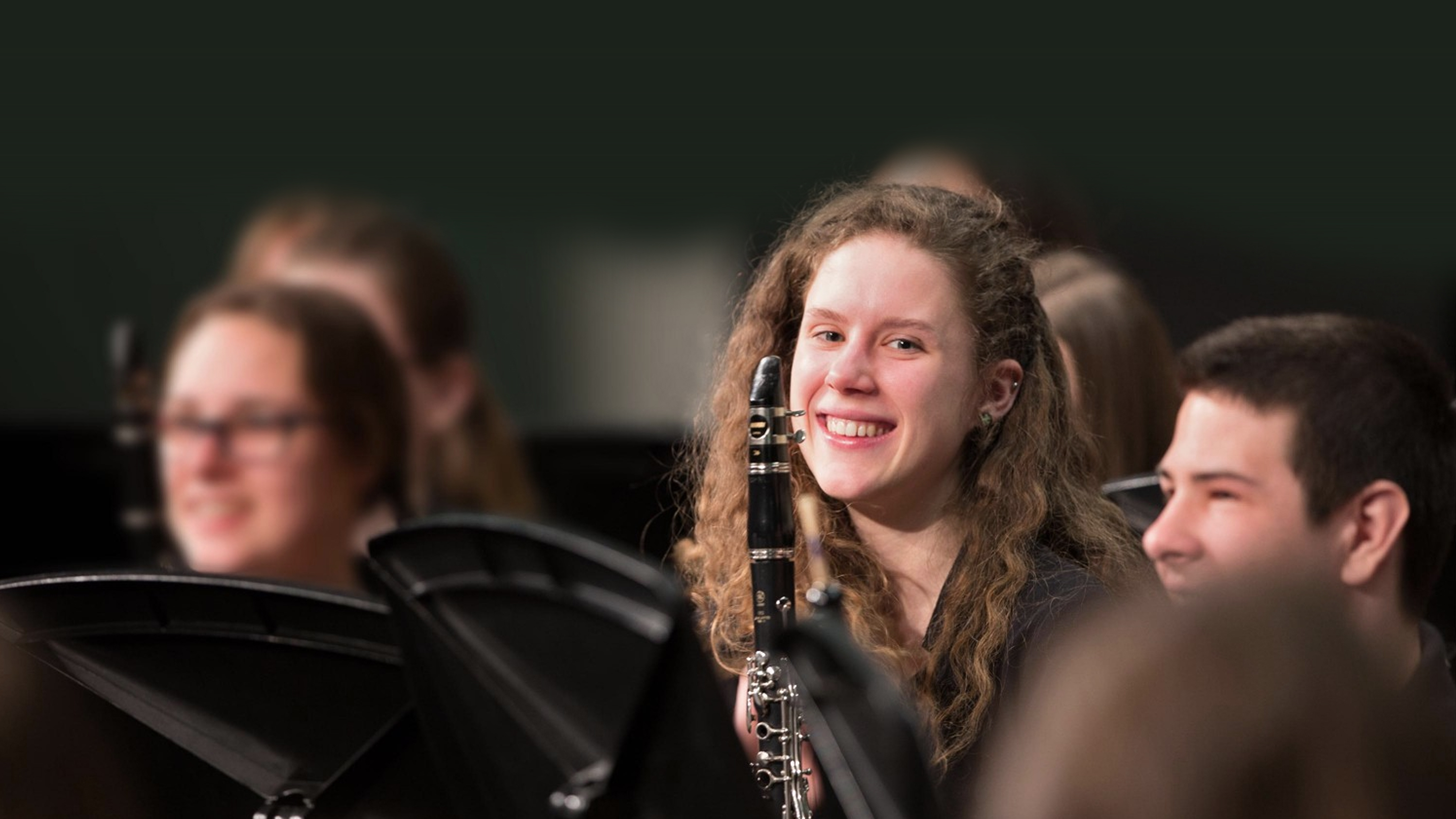 Students participate in custom musical performances in New York, Hawaii and at Disneytrips to