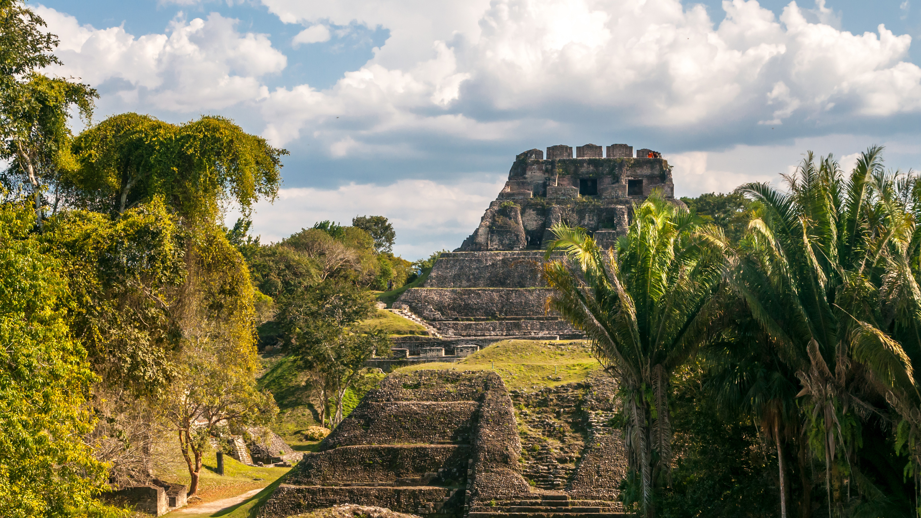 Explore the Natural Wonders of Belize