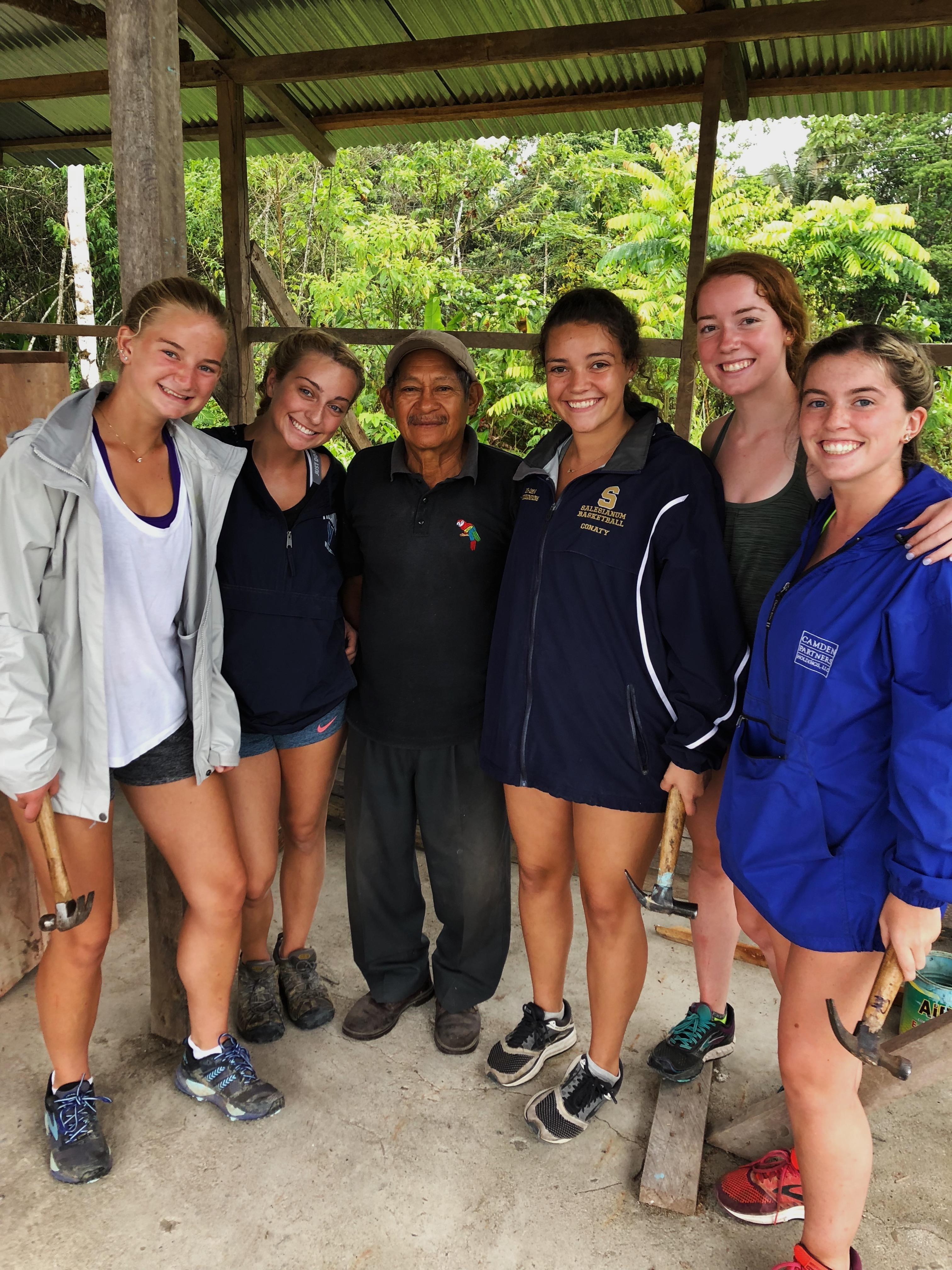 Camps International: Camp Ecuador