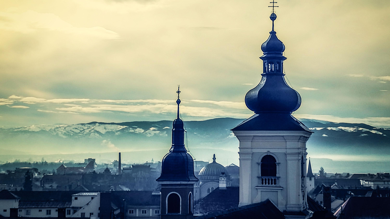 Romania-hero-image-skyline