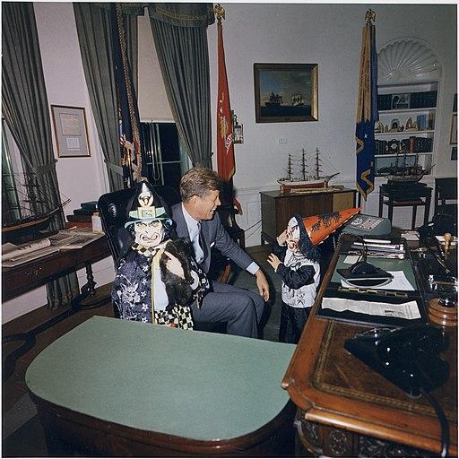 alloween Visitors to the Oval Office. Caroline Kennedy, President Kennedy, John F. Kennedy, Jr. White House, Oval Office.