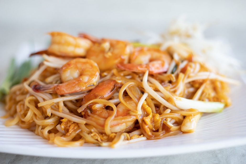 Plate of pad thai with shrimp