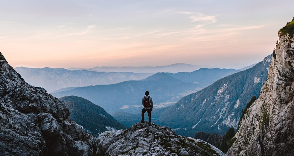 5 Hikes Around the World